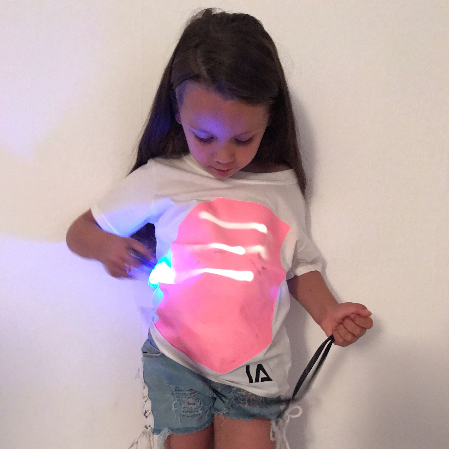 Kids Interactive Glow In The Dark T-shirt in White & Pink Glow