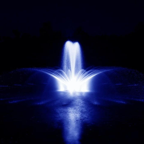 Airmax RGBW Color Changing LED Fountain 8 Light Set in Blue Light