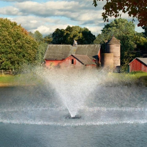 Kasco 4400VFX 1HP 120V Pond Aerator Fountain Shooting High Water