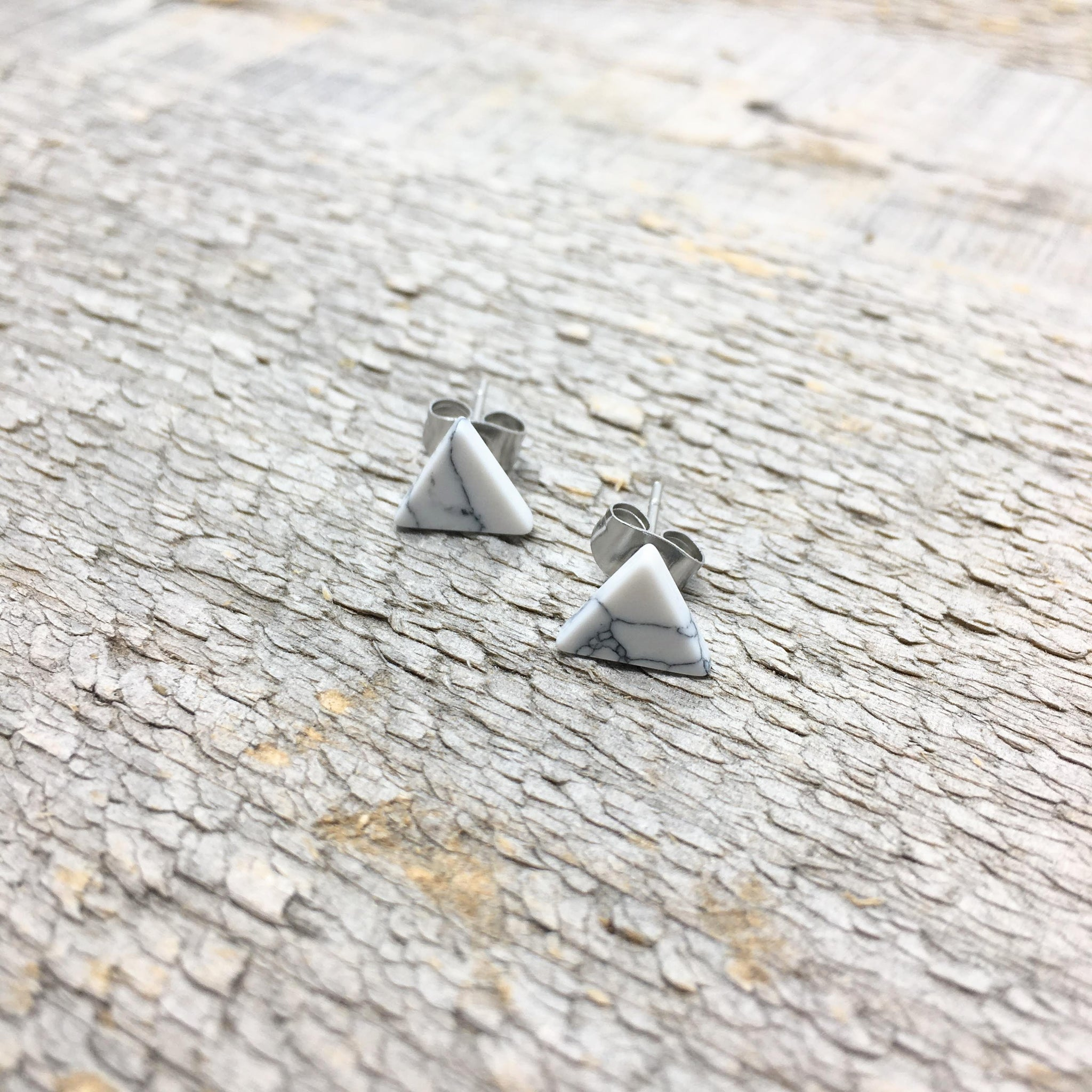 White Howlite Triangle Studs