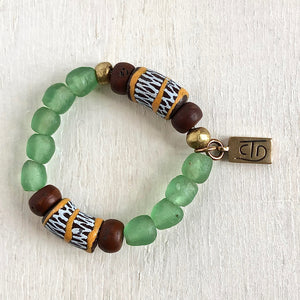 For the heart bracelet green and brown