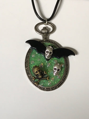 Skelebat Sparkle Large Pendant