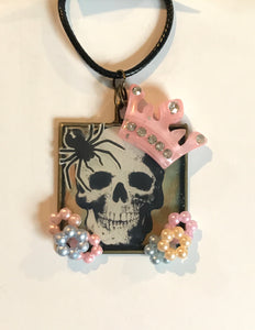 Skeleton Queen Pendant