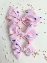 Vintage Pink Colorful Clipped Dot