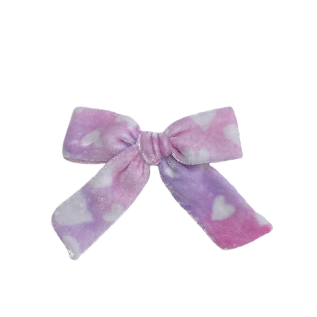 Hand Dyed Hearts Reilly Bow