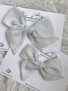 Vintage White Bows Swiss Dot