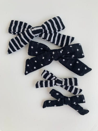 Black and White Double Sided Lounge Bow