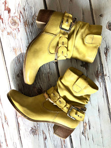 MJUS Collection Ankle Boots