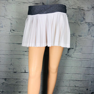 Lululemon Athletica Pleat to Street Skirt Skort