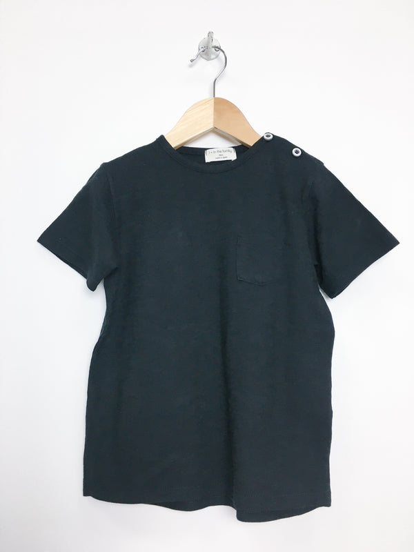 1 + in the family T-Shirt 4y / Like New Re-Cycle Black Pocket Tee