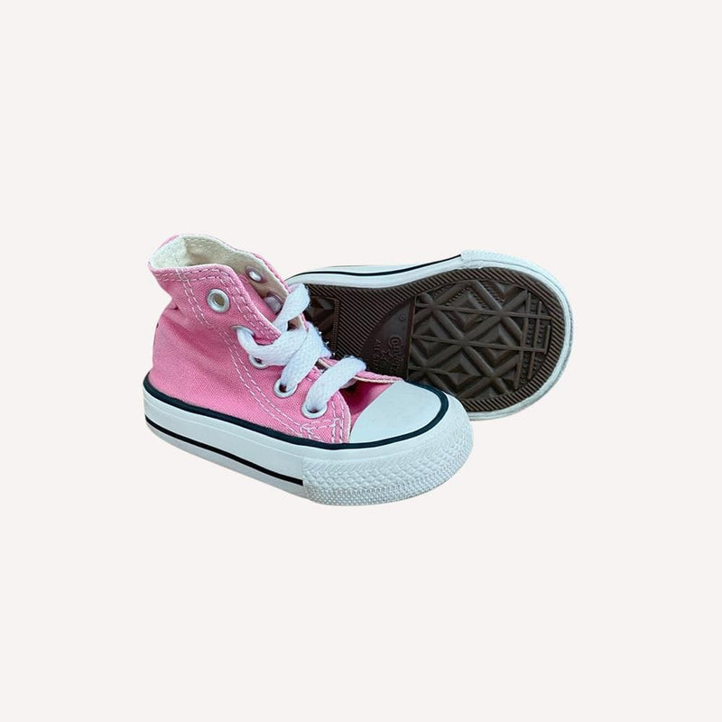 Converse Sneakers US 2 / Preloved Re-Cycle Solid Pink Sneakers