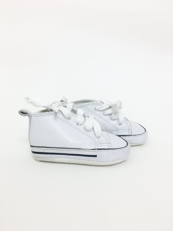 Converse Sneakers US 2 / Preloved Re-Cycle White Chuck Taylor All Star CRIBSTER Infant Shoe