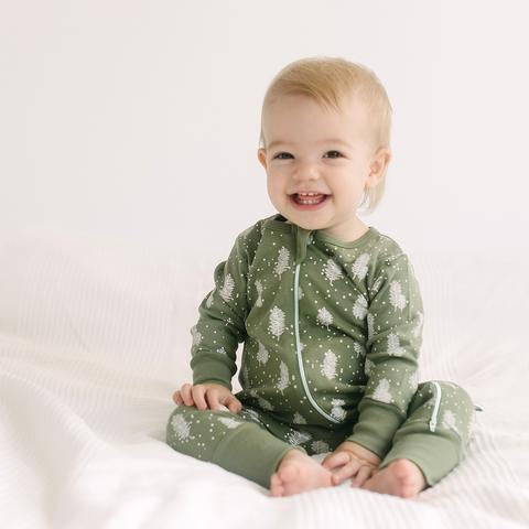 Parade Organics Pyjamas Long Sleeve '2-Way' Zip Romper - Snowy Trees