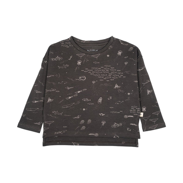 Red Caribou Long-Sleeve Tee The Story Oversized T-Shirt - Raven