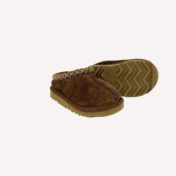 Ugg Slippers US 8 / Preloved Re-Cycle Solid Brown Slippers