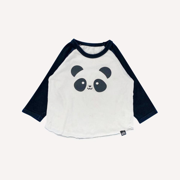 Whistle & Flute Long-Sleeve Tee 3-4y / Preloved Re-Cycle Graphic White Long-Sleeve Tee