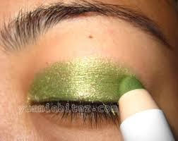 use a lime shadow underneath your glitter to add a pop of tropical colour!