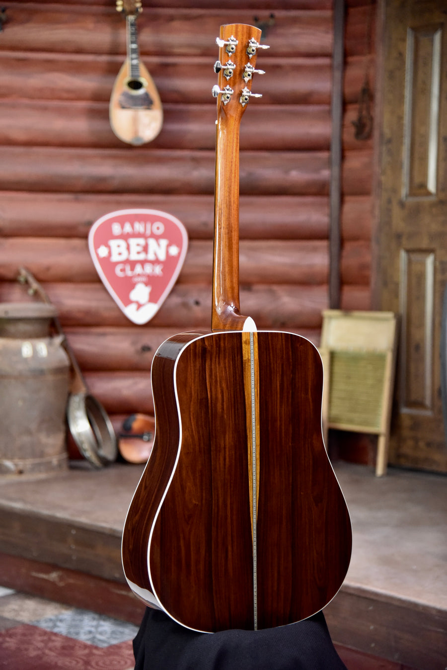 Blueridge BR-160 Custom Rosewood Dreadnaught Guitar
