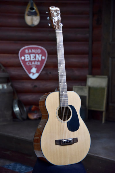 Blueridge BR-41 Short Scale Acoustic Guitar With Case