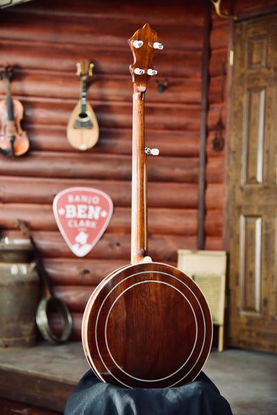 Stelling Crusader Mahogany Old Wood Rim 5-String Bluegrass Banjo with Case