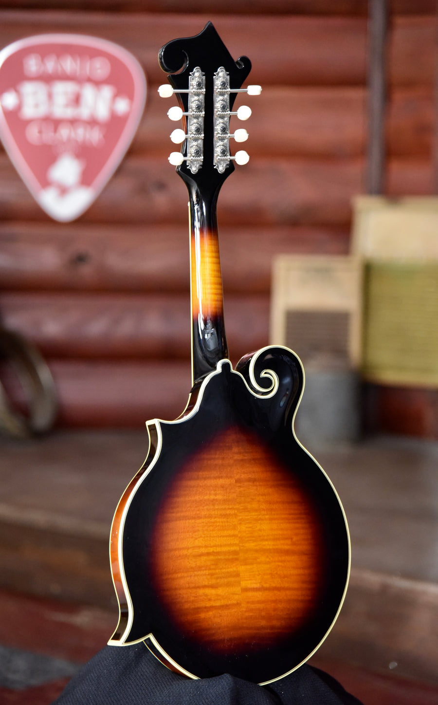 The Loar LM-600-VS F-Style Mandolin With Case