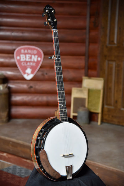 Nechville Walnut Aries 5 String Banjo With Case