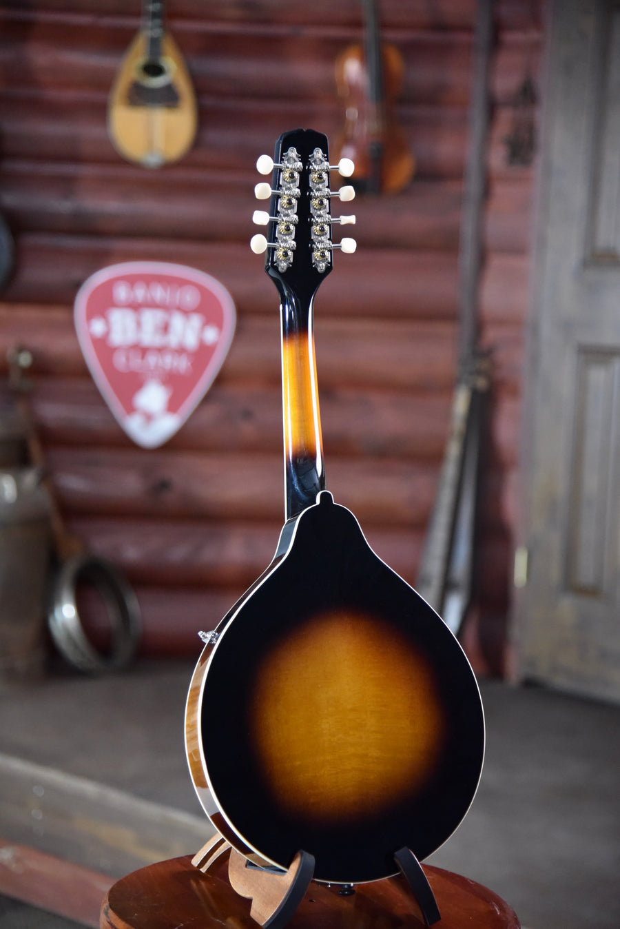 Kentucky KM-150 A-Style Mandolin With Case