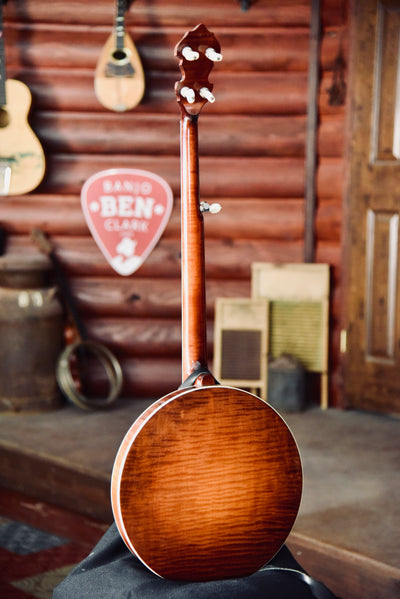 "Pre-Owned Kel Kroydon ""Standard Maple"" 5-String Bluegrass Banjo With Case"