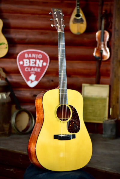 Pre-Owned Martin D-18 1939 Authentic Dreadnought Guitar with Case