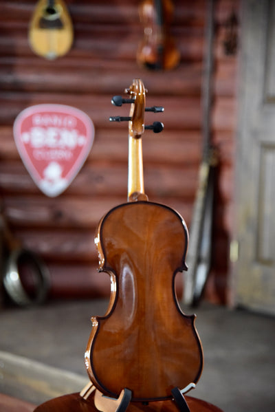 Cremona SV-130 Fiddle/Violin Outfit With Case