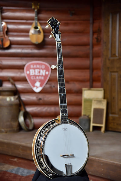 Stelling Master Flower 5-String Old Wood Rim Walnut Banjo With Case