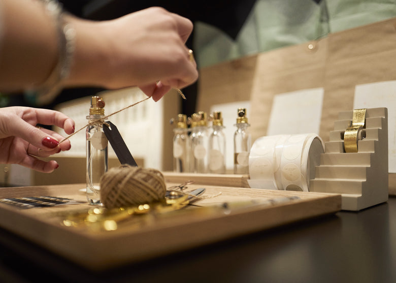 An expert guide to creating and gifting perfect personal perfumes.