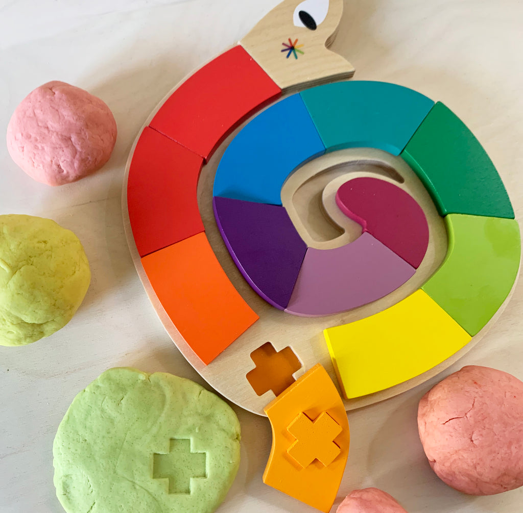 Play Dough - The best way to entertain the kiddies during lock down!