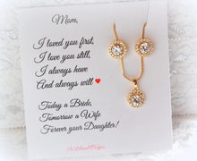 Gold earrings and necklace soliaire set for mother of the bride