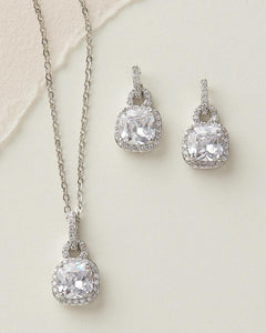 beautiful cubic zirconia set of earrings and necklace for bridesmaids