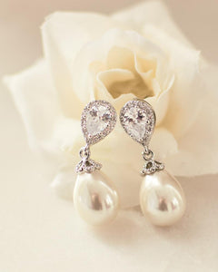 Pearl drop earrings for bride to wear on wedding day