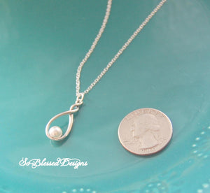 sterling silver and pearl bridesmaid necklace