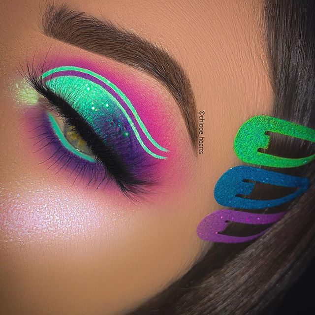 @chlooe_hearts the cut crease queen!