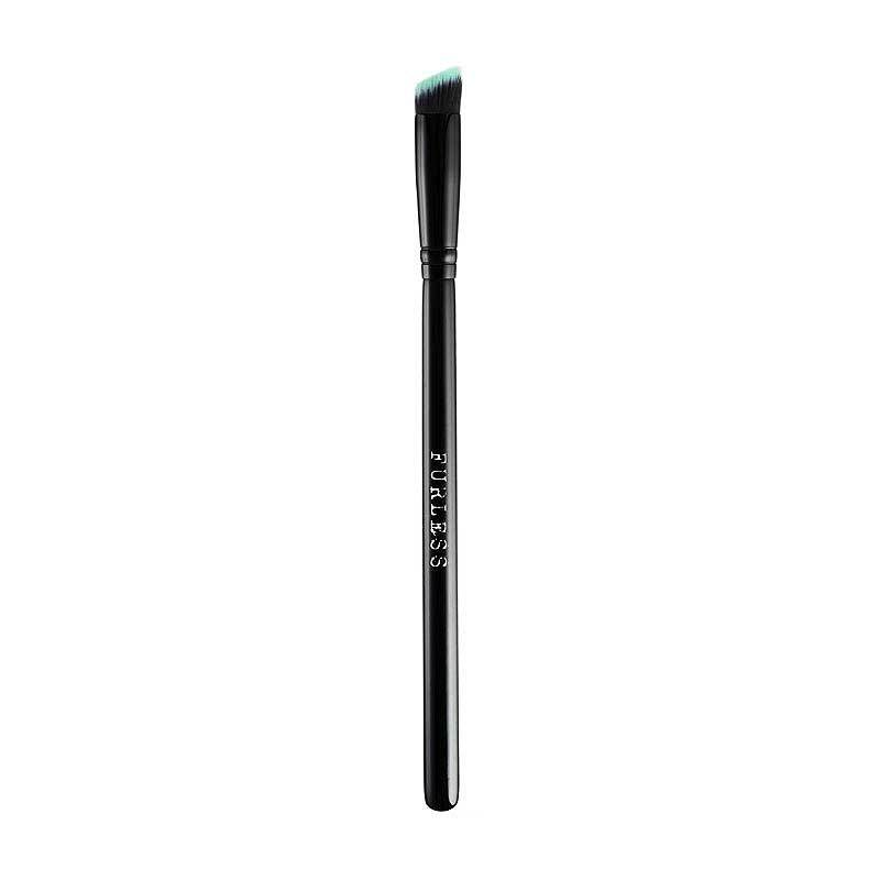 BLACK BEAUTY ANGLED EYE KABUKI BRUSH