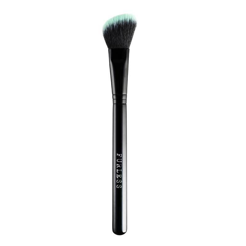 BLACK BEAUTY ANGLED CONTOUR BRUSH