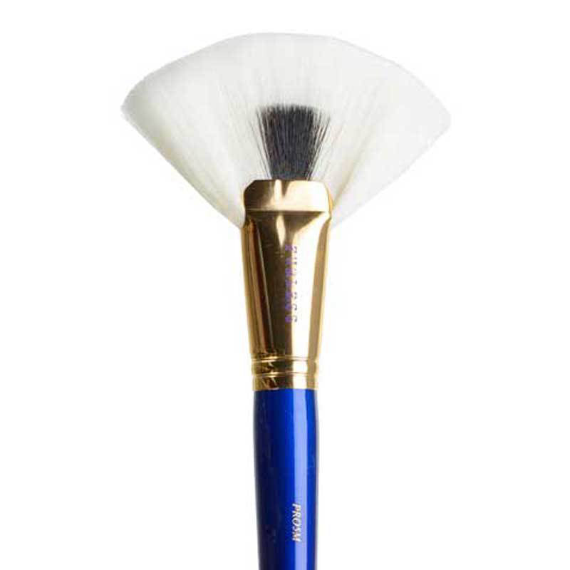 MUST HAVE PRO FAN BRUSH