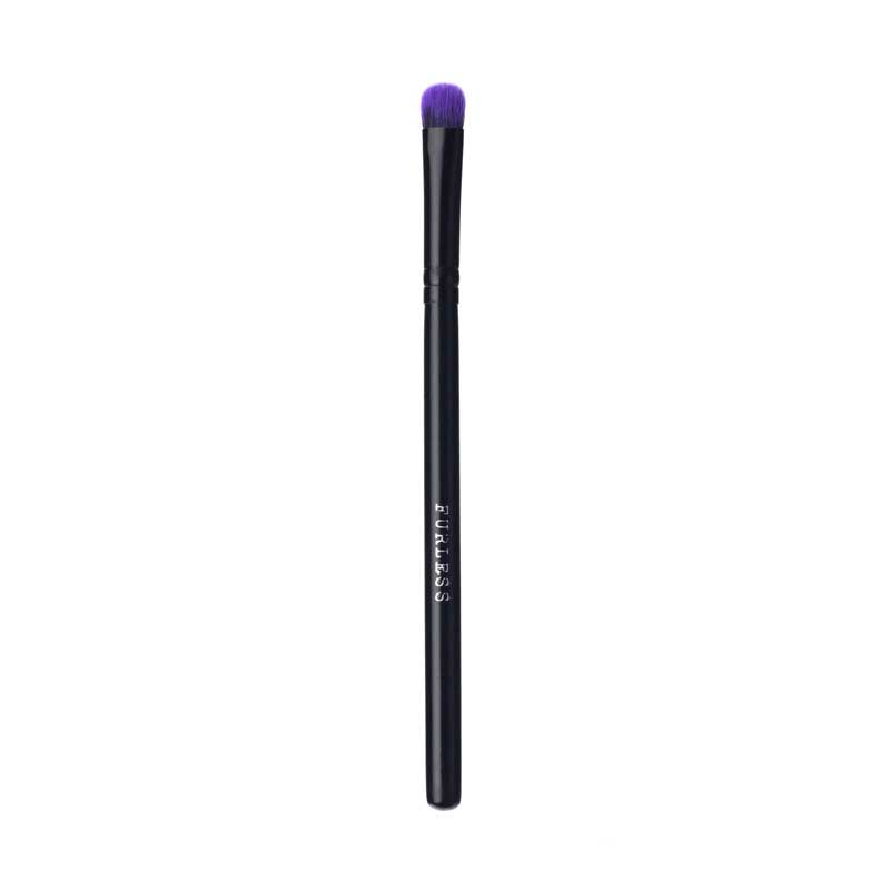 PURPLE FLUFFY EYESHADOW BRUSH