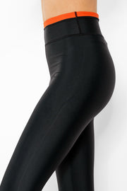 Triumphant Legging Black