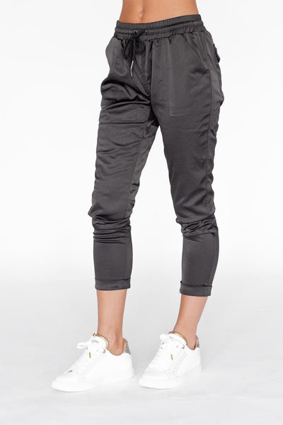 Cuffed Cargo Tapered Jogger Black