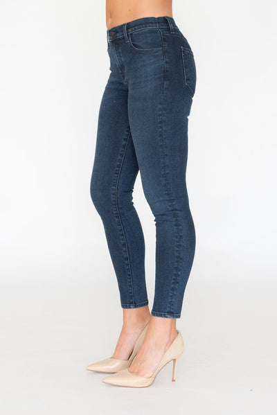 Alana High Rise Crop Skinny Phased