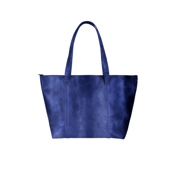 Cute tote bag in indigo gradient pattern.