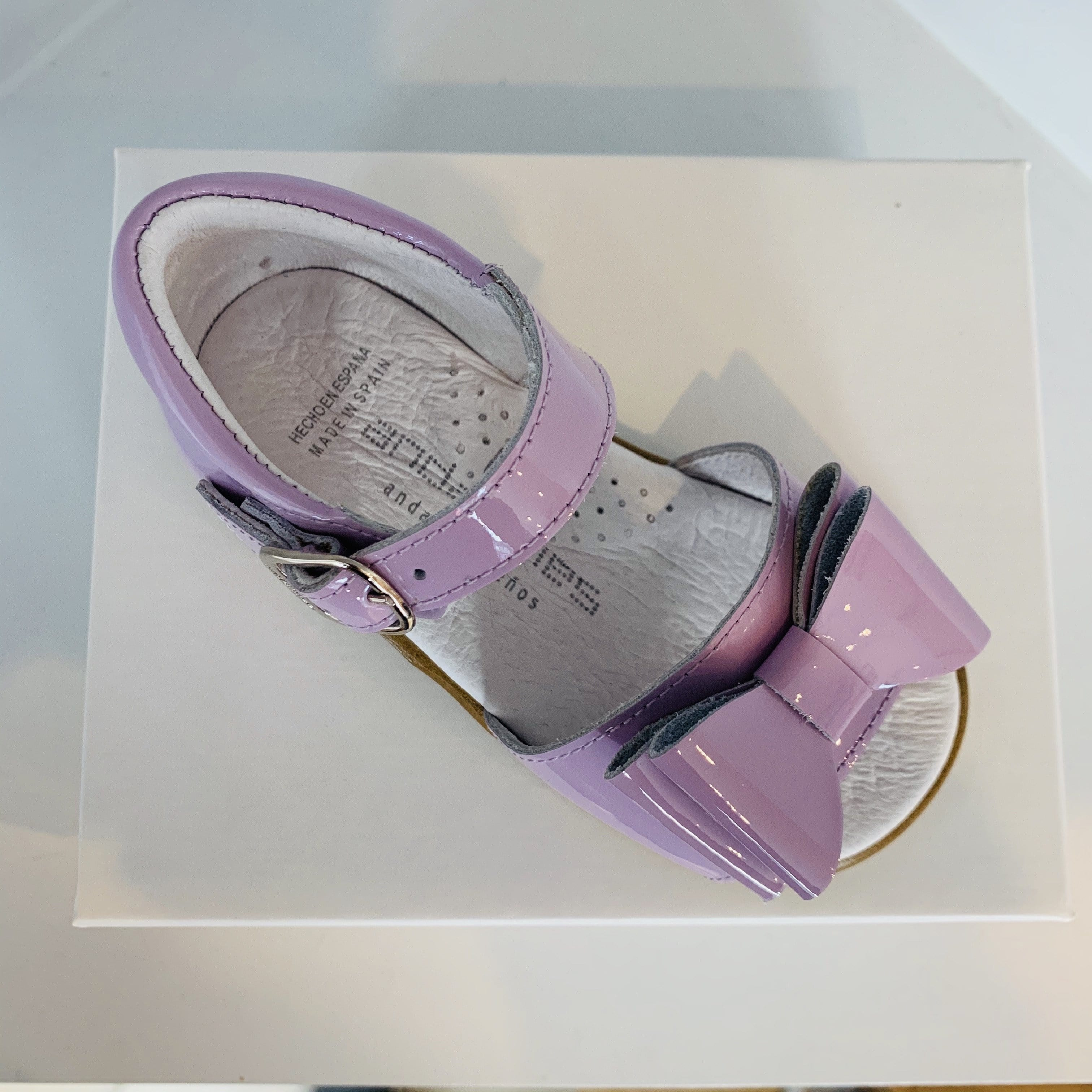 ANDANINES  LILAC LEATHER PATENT SANDALS