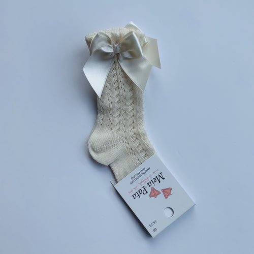 MEIA PATA CREAM OPEN KNIT  KNEE BOW SOCKS