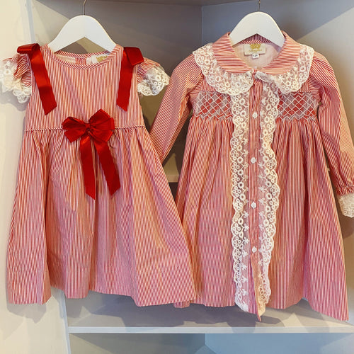CARAMELO KIDS RED CANDY STRIPE SMOCKED DRESSING GOWN & MATCHING NIGHT DRESS