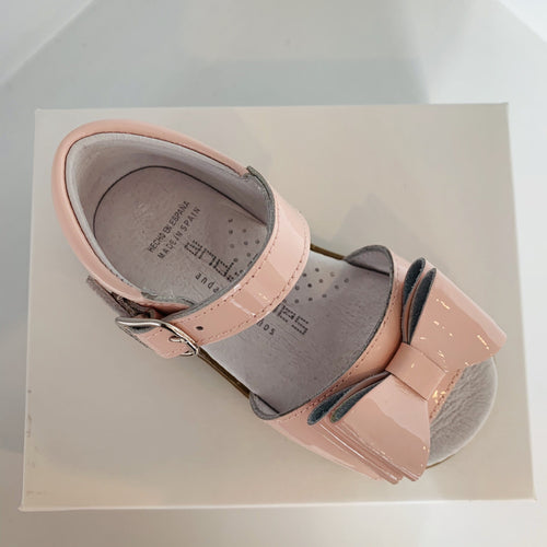 ANDANINES  BABY PINK LEATHER PATENT SANDALS